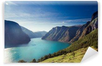Tvättbar Fototapet Naeroyfjord / Aurlandsfjorden i Norge