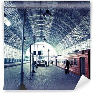 Overdækket togstation Vaskbare Fototapet