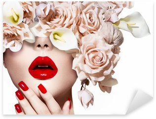Pixerstick para Todas las Superficies Cara de niña modelo de estilo de moda con rosas. Labios atractivos rojos y las uñas.
