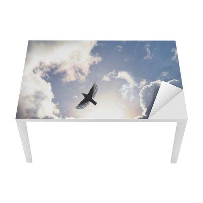 Vinilo para Mesa y Escritorio Ángel del pájaro en el cielo