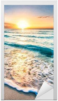 Vinilo para Puerta Salida del sol sobre la playa en Cancún