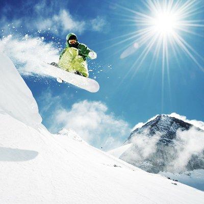 Pixerstick para Todas las Superficies Snowboarder en el salto montañas inhigh