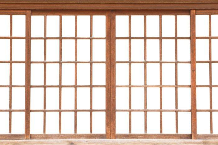 Wall screens w window