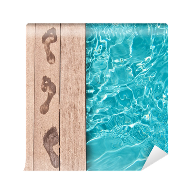 Traces de pieds nus au bord d 39 une piscine wall mural for Bord de piscine