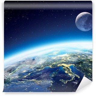 Yıkanabilir Duvar Resmi Dünya ve geceleri uzaydan ay görünümü - Avrupa