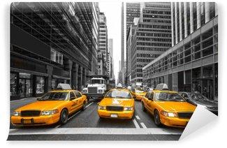 Zelfklevend Fotobehang TYellow taxi's in New York City, Verenigde Staten.