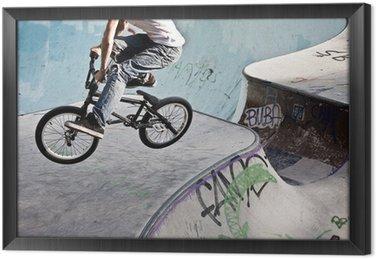 BMX w skateparku