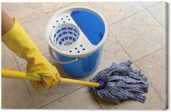 Sprzątanie: sprzątanie podłogi