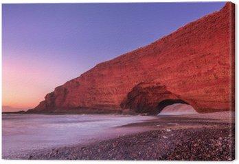 Czerwone łuki plaży Legzira