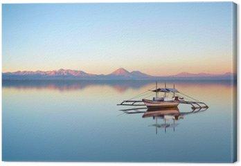 Łódź rybacka na filipińskiej oceanu na piękny dzień słońca.