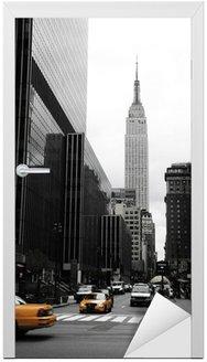 Emipre State Building i żółty, Manhattan, New York