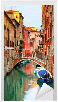 Wąski kanał w Wenecji