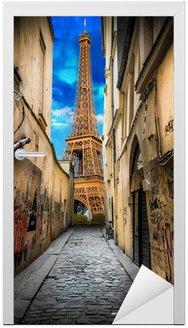 Spojrzenie na Wieżę Eiffla