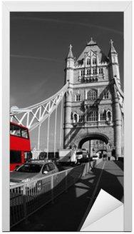 Tower Bridge z Double Decker w Londyn, UK