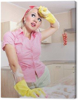 Tired dziewczyna sexy sprzątanie