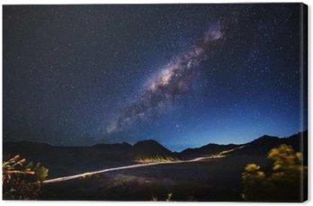 Mleczna droga przez Mt.Bromo, Jawa Wschodnia, Indonezja