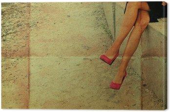 Koncepcyjne zdjęcie różowy kobieta pracująca