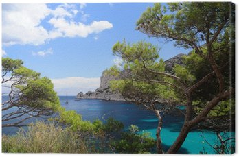 Calanques z portu pin w Cassis we Francji