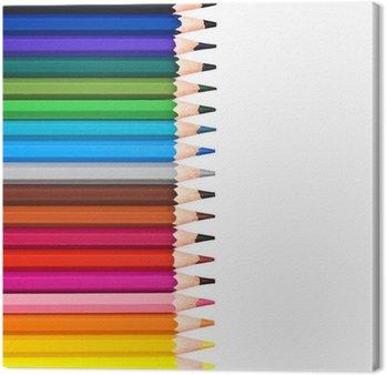 Crayons de couleur alignés